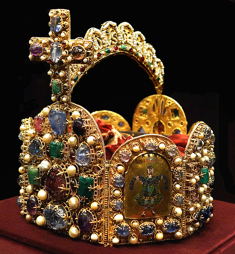 Holy_Roman_Empire_Crown_(Imperial_Treasury)2
